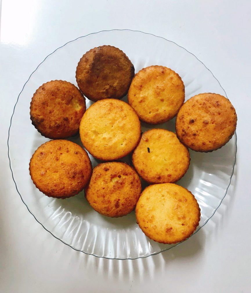 Фото рецепта - Сырники в духовке - шаг 4