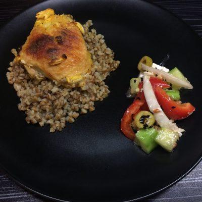 Фото рецепта - Греча с курицей в духовке - шаг 3