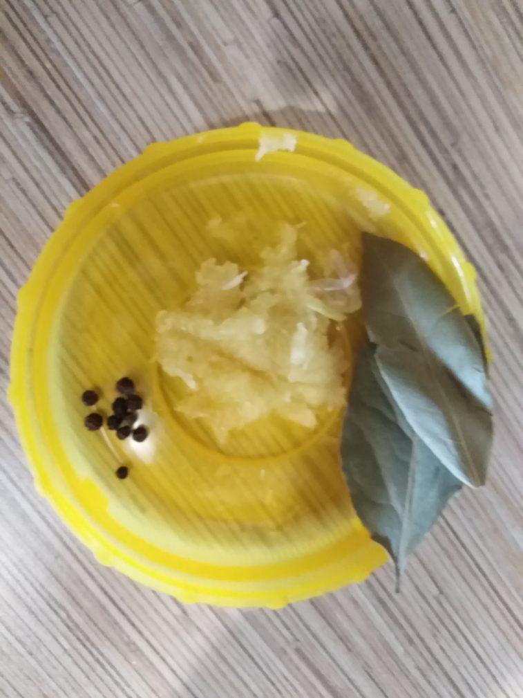 Фото рецепта - Салат – солянка на зиму - шаг 12