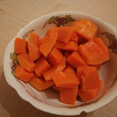Фото рецепта - Пудинг из тыквы с творогом - шаг 3