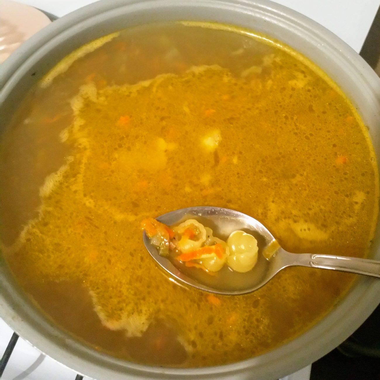 Суп на свинине с макаронами