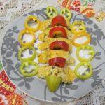 Фото рецепта - Нежный кабачковый рулет с творожной начинкой - шаг 4