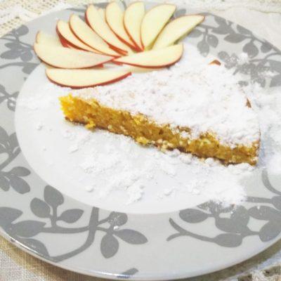 Морковный пирог с кунжутом - рецепт с фото