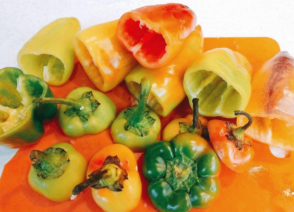 Фото рецепта - Фаршированные перцы с булгуром - шаг 4