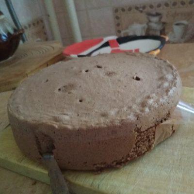 """Фото рецепта - Шоколадный торт """"Малиновое настроение"""" - шаг 9"""