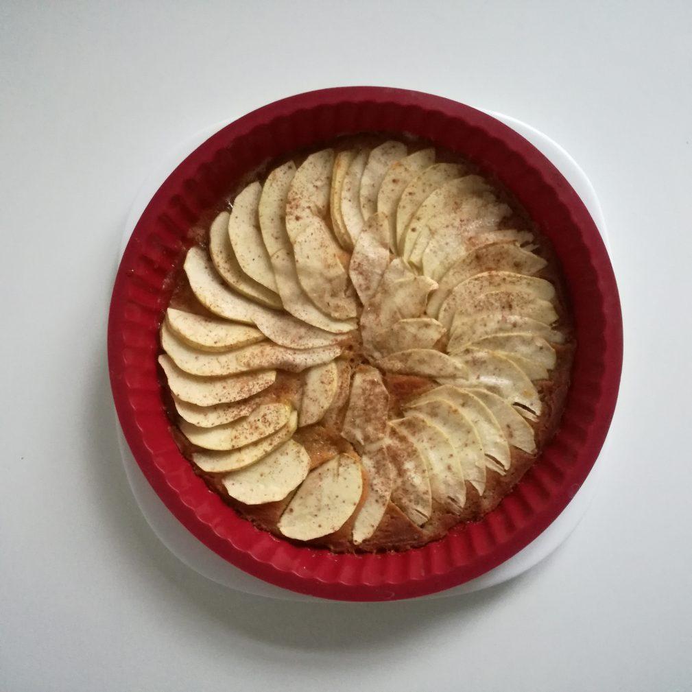 Фото рецепта - Яблочный тарт с корицей - шаг 7