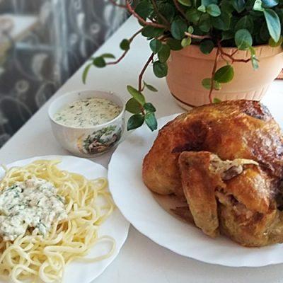 Спагетти с запечённой курицей под сливочным соусом - рецепт с фото