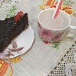 Фото рецепта - Шоколадный пирог на скорую руку - шаг 3