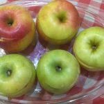Фото рецепта - Ароматные печеные яблоки с секретом - шаг 3