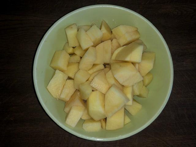 Фото рецепта - Овощной гречневый суп с куриным филе - шаг 3