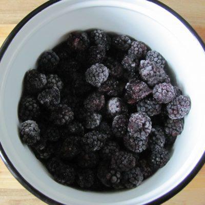Фото рецепта - Варенье из замороженной ежевики - шаг 1