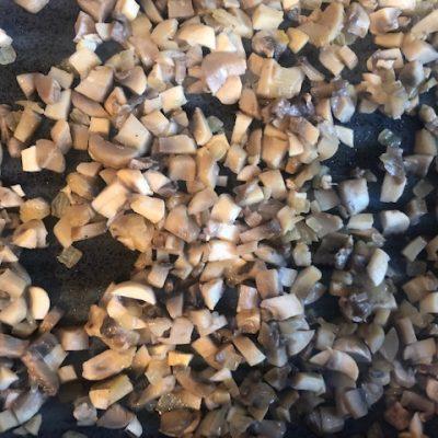 Фото рецепта - Утка фаршированная гречкой в рукаве - шаг 5