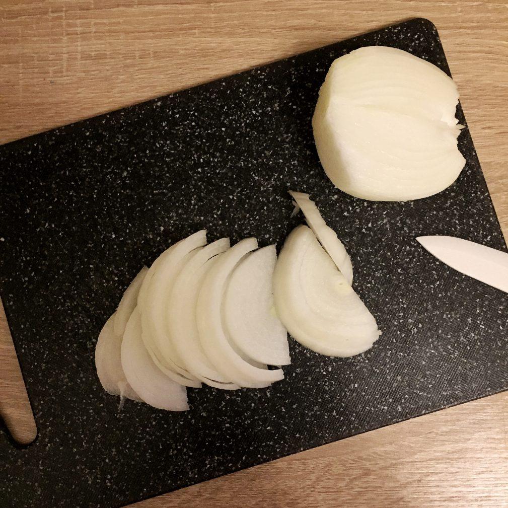 Фото рецепта - Куриная печень в сметане - шаг 1