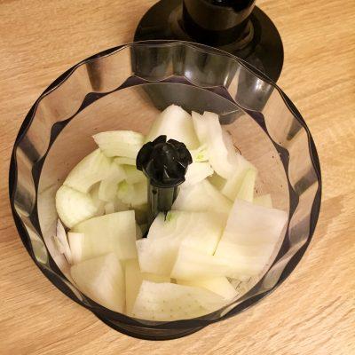 Фото рецепта - Куриные котлеты в духовке - шаг 2