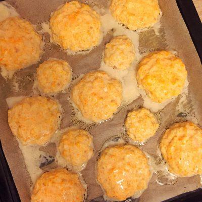 Фото рецепта - Куриные котлеты в духовке - шаг 6