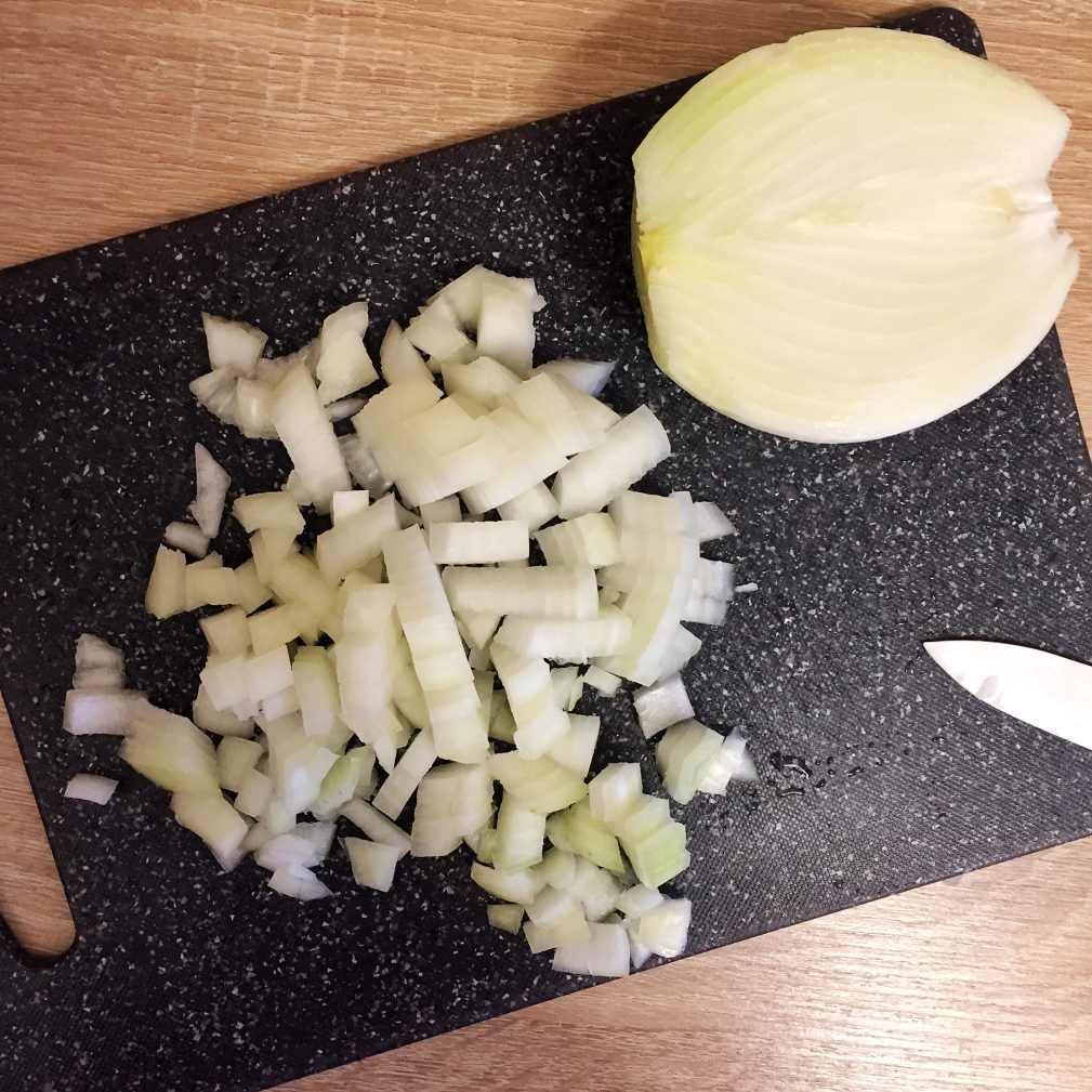 Фото рецепта - Суп гороховый с копченостями - шаг 3