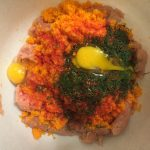 Фото рецепта - Котлеты из индейки с овощами и зеленью - шаг 4