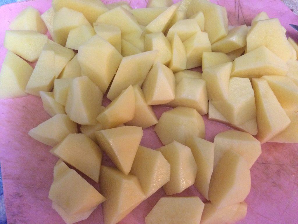 Фото рецепта - Печеный картофель на гарнир к мясу - шаг 4