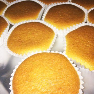 Кексы с вареньем - рецепт с фото