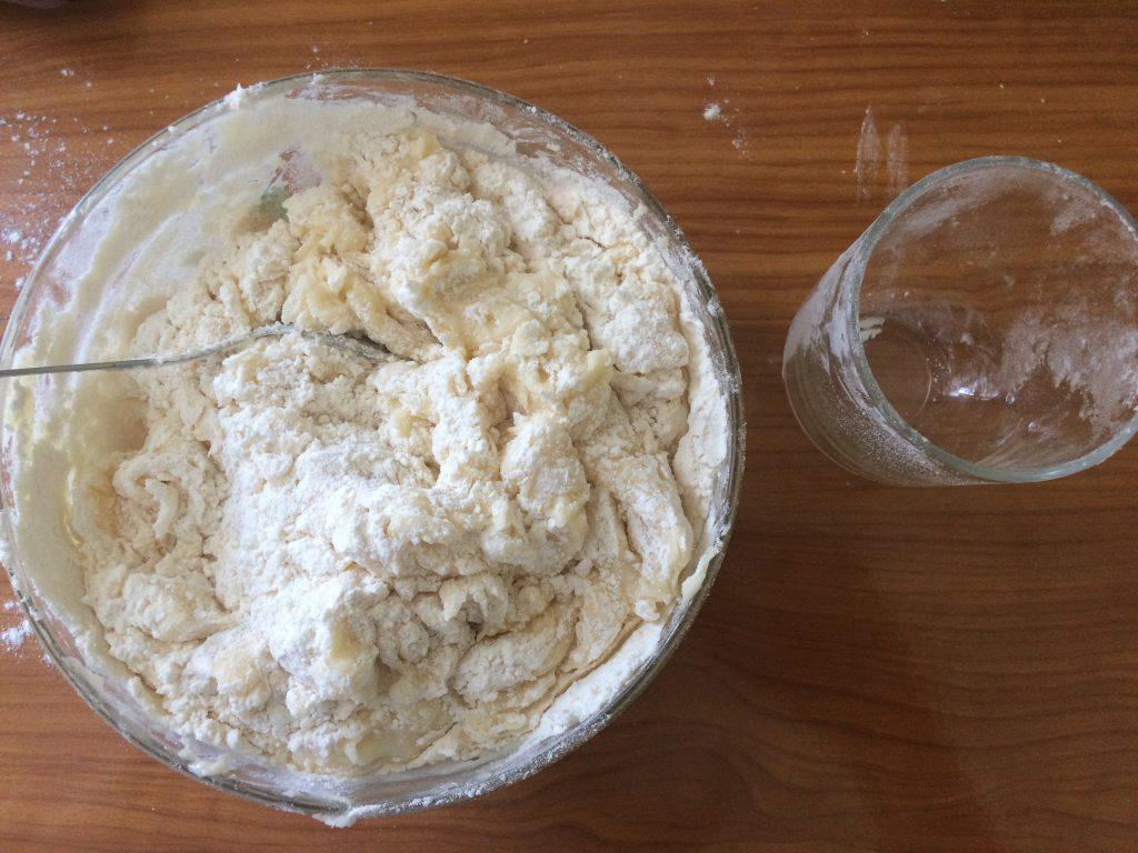 Фото рецепта - Жареные коржи для торта - шаг 5