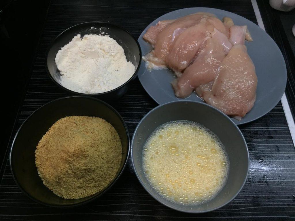 Фото рецепта - Шаурма по-домашнему с курицей - шаг 1