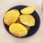 Запеченный картофель с чесночным маслом и сыром