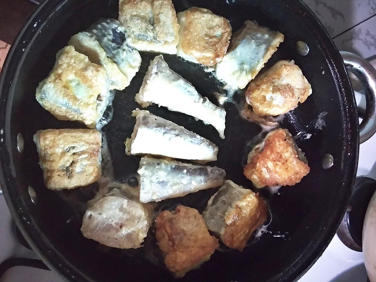 Жарим рыбу хек правильно