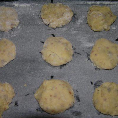 Фото рецепта - Печенье на сливках с орехами и семечками - шаг 6