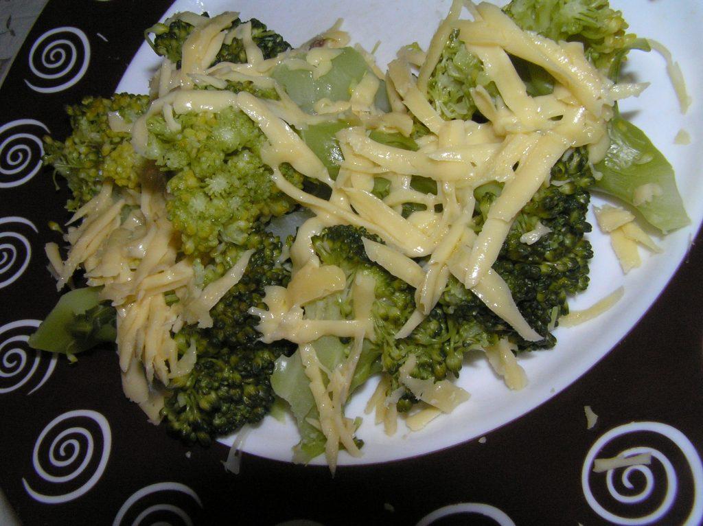 Фото рецепта - Брокколи с сыром - шаг 5