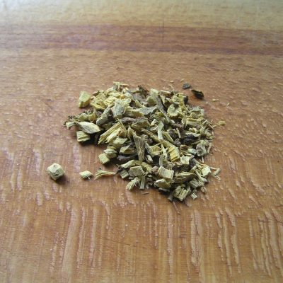 Фото рецепта - Чай из липы и мелиссы и листа смородины - шаг 1