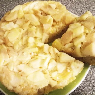 Яблочный пирог в мультиварке - рецепт с фото