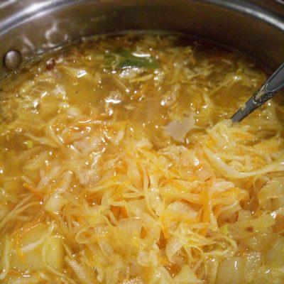 Постные (диетические) щи из квашеной капусты - рецепт с фото