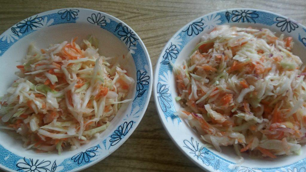 Фото рецепта - Витаминный салат с яблоком для взрослых и детей - шаг 8
