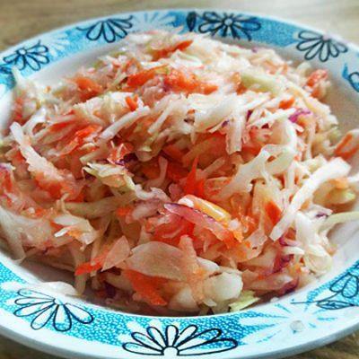 Витаминный салат с яблоком для взрослых и детей - рецепт с фото