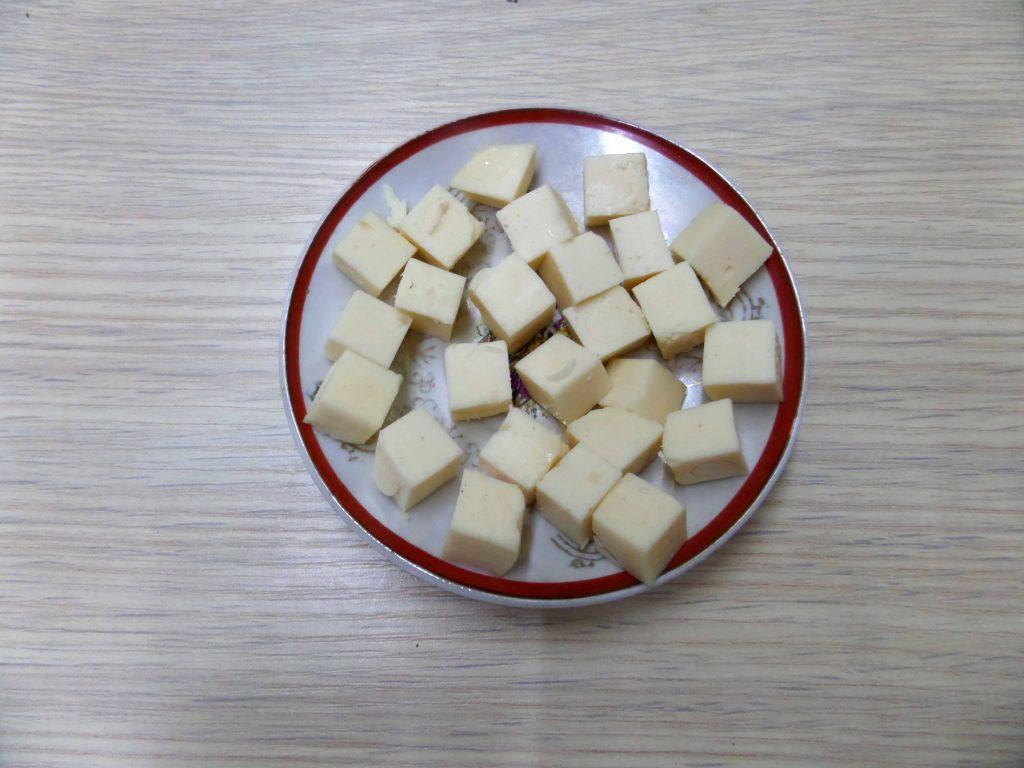 Фото рецепта - Салат с курицей и фасолью - шаг 3