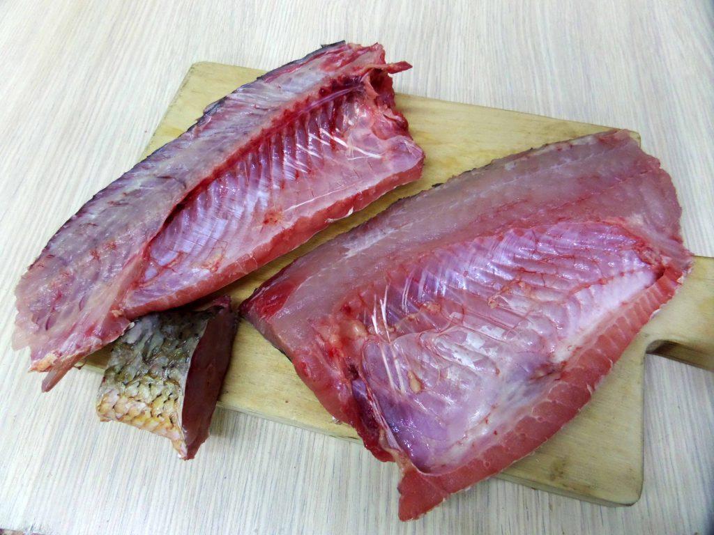 Фото рецепта - Острый салат из свежей рыбы по-корейски - шаг 2