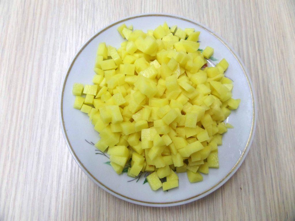 Фото рецепта - Манты со свининой и картошкой - шаг 5