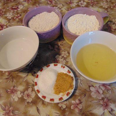 Фото рецепта - Крекерное печенье - шаг 1