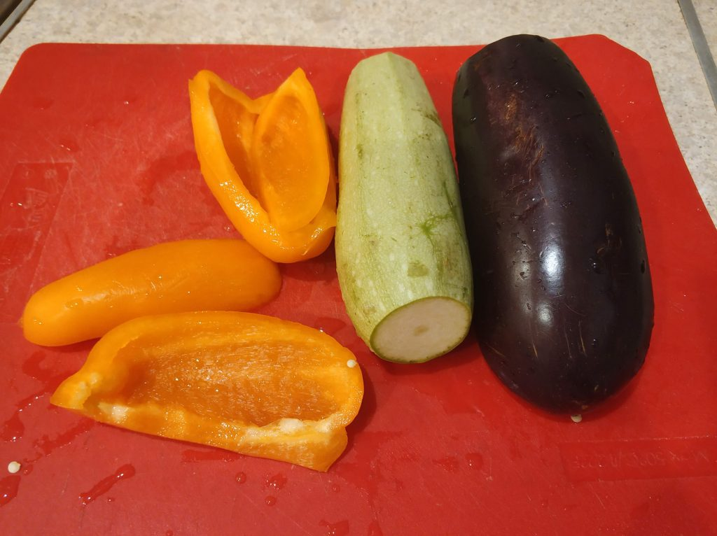 Фото рецепта - Овощное рагу за 15 минут - шаг 1