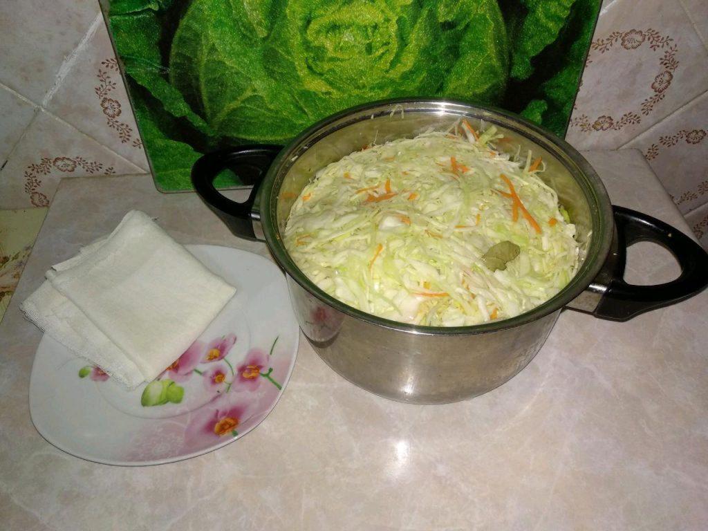 Фото рецепта - Квашеная капуста (классическая) - шаг 4