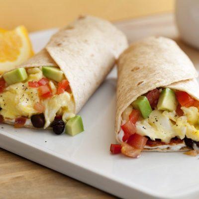 Тортилья с овощами и омлетом - рецепт с фото
