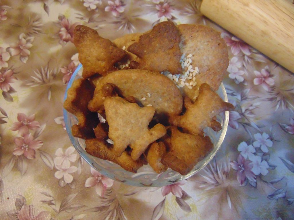Фото рецепта - Крекерное печенье - шаг 5