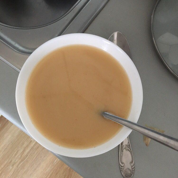 Фото рецепта - Рис с тушеной курицей в подливе - шаг 3