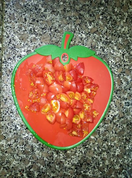 Фото рецепта - Турецкий томатный суп с сыром - шаг 3