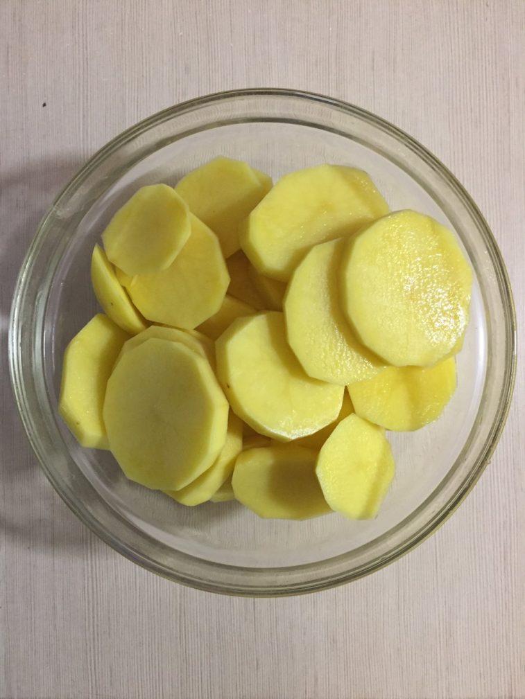 Фото рецепта - Индейка с картофелем и сыром, в духовке - шаг 1