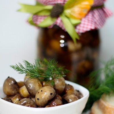 Маринованные шампиньоны - рецепт с фото
