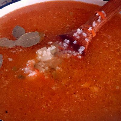 Фото рецепта - Рассольник с рисом и солеными огурчиками - шаг 7
