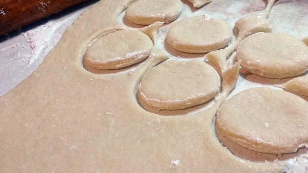 Фото рецепта - Печенье на сыворотке - шаг 4