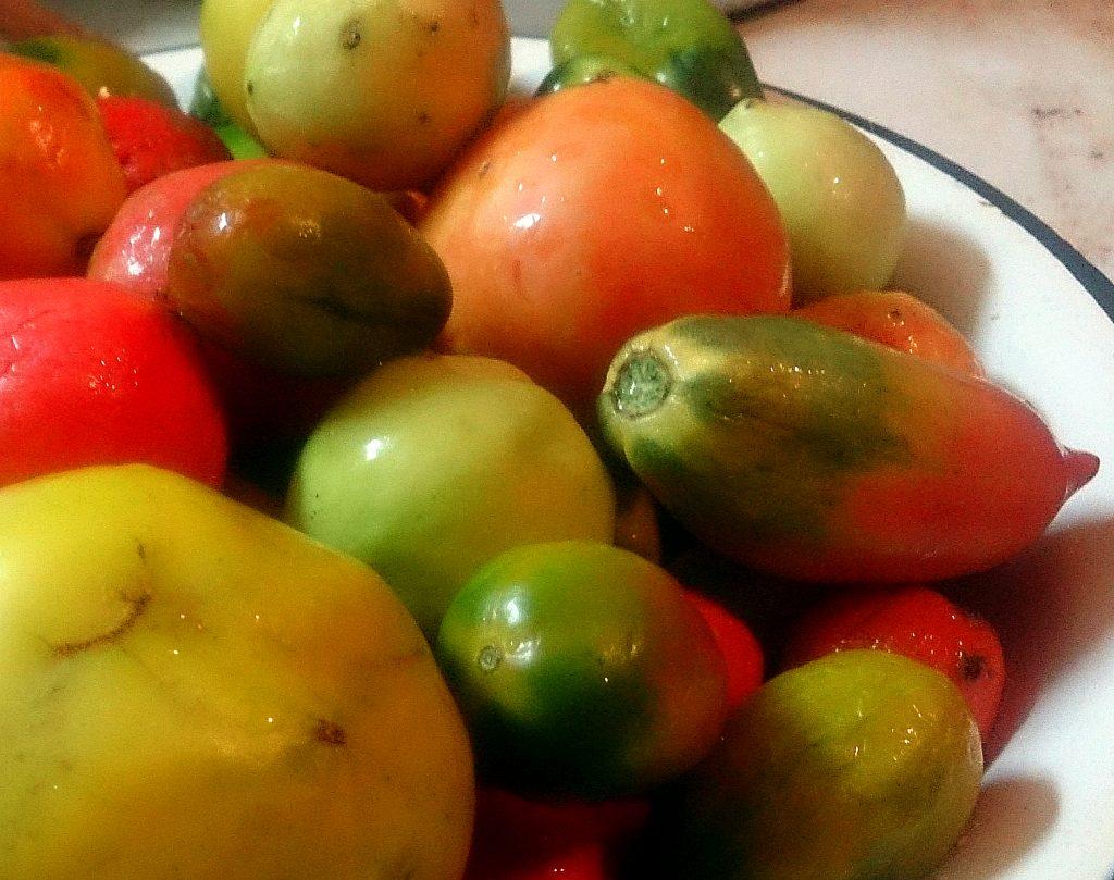 Фото рецепта - Икра из зеленых помидоров и перца на зиму - шаг 1