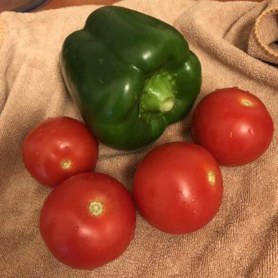 Фото рецепта - Салат из овощей и пророщенного маша - шаг 3
